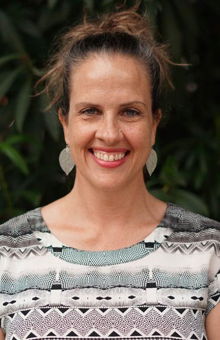 Portrait photo of Diana Kerr
